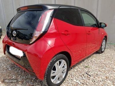 brugt Toyota Aygo Aygo1.0 Vvt-i 69 CV X-play 5 puertas