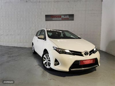 used Toyota Auris 90D Active + P. Look