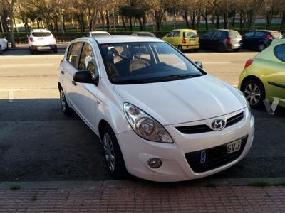 usado Hyundai i20 i201.4 CRDI75 Comfort AA -10