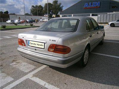 usado Mercedes E300 Familiar TurboDiesel Elegance 3.0 177cv