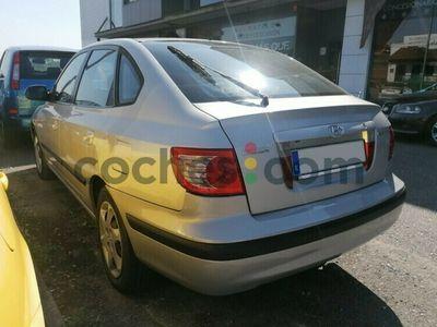 usado Hyundai Elantra 1.6 5p. Comfort 105 cv en Asturias