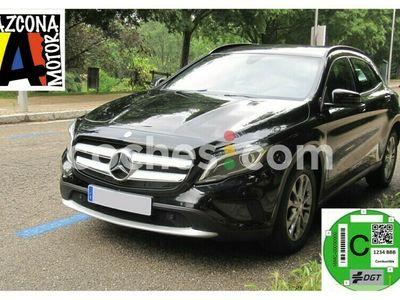 usado Mercedes GLA200 Clase GlaStyle 136 cv en Madrid