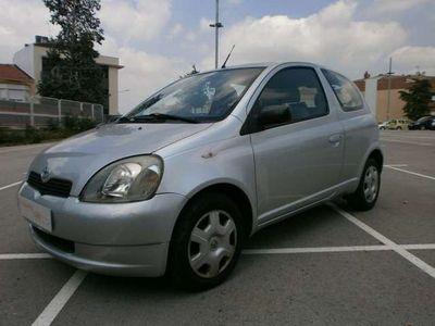 usado Toyota Yaris 1.0 Luna