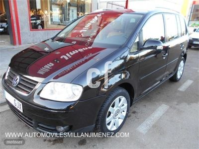 usado VW Touran 2.0 TDI DSG HIGHLINE