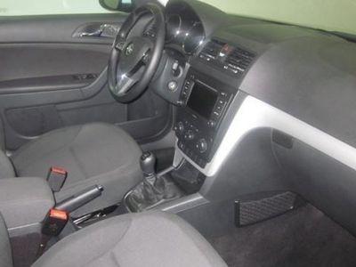 usado Skoda Yeti 105CV 2015 44200 KM a € 14400.00