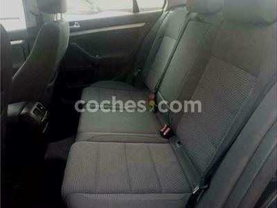 usado VW Jetta 1.9tdi Advance 105 cv en Navarra