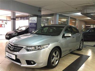 usado Honda Accord 2.2i-DTEC Luxury Automatico-Navegacion-Techo-Cuero