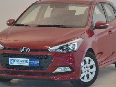 usado Hyundai i20 año 2015 16586 KM