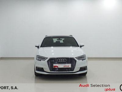 usado Audi A3 Sportback 1.4 TFSI e-Tron sport edition S tronic 150 kW (204 CV) Híbrido Electro/Gasolina Blanco matriculado el 07/2017