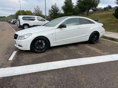 usado Mercedes E500 Coupé Prime Edition Aut.