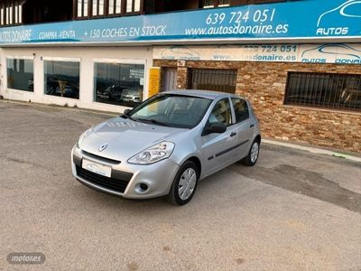 usado Renault Clio Authentique 1.2 16v 75cv 5p. eco2