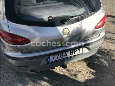 usado Alfa Romeo 147 1.6 Ts Distinctive 120 cv en Madrid