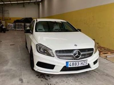 usado Mercedes A250 4Matic 7G-DCT AMG Line