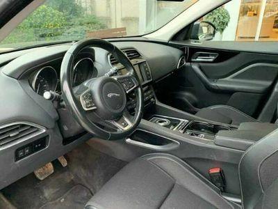 usado Jaguar F-Pace 2.0i4D R-Sport Aut. AWD 180