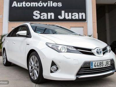 usado Toyota Auris Hybrid Advance Touring Sports