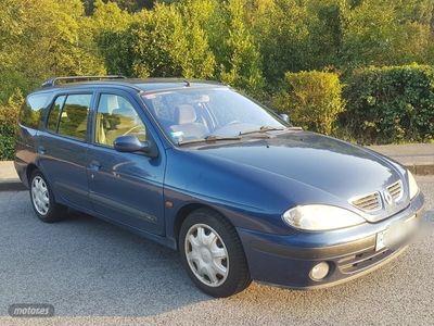 usado Renault Mégane Break Expression 1.6i 16v 107cv