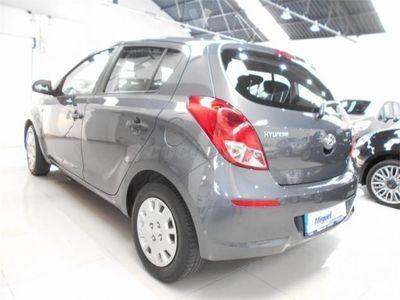 usado Hyundai i20 1.2 Mpi Essence 5p. -14