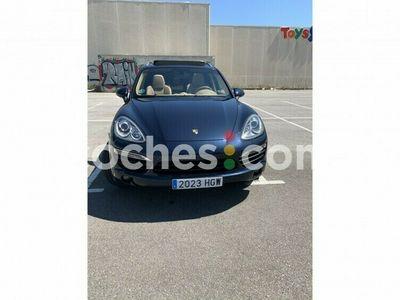 usado Porsche Cayenne S E-Hybrid 380 cv en Barcelona
