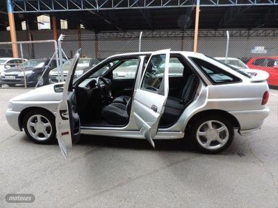 usado Ford Escort 1.8I XRI