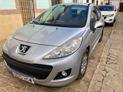 usado Peugeot 207 1.4i Confort