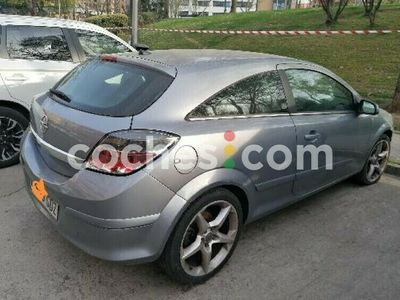 usado Opel Astra GTC 1.9cdti Cosmo 150 150 cv en Madrid