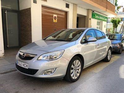 second-hand Opel Astra 1.7 CDTI DPF Cosmo