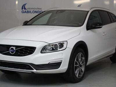 usado Volvo V60 CC D4 Pro