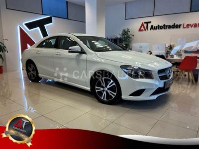 usado Mercedes CLA200 200 4p