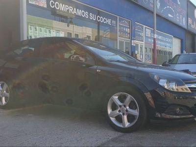 usado Opel Astra GTC 1.7 CDTi Enjoy 6velocidades
