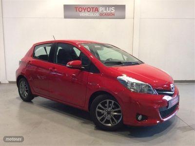 gebraucht Toyota Yaris 90D Advance