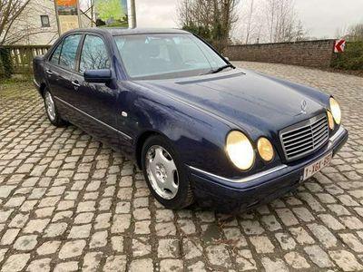 usado Mercedes E230 Avantgarde