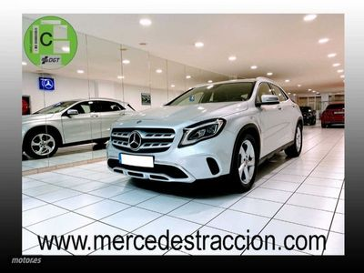 usado Mercedes GLA180 7G-DCT/Car Play/Camara Trasera/Navegador