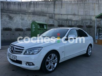 usado Mercedes C180 Clase CK Avantgarde 156 cv en Sevilla