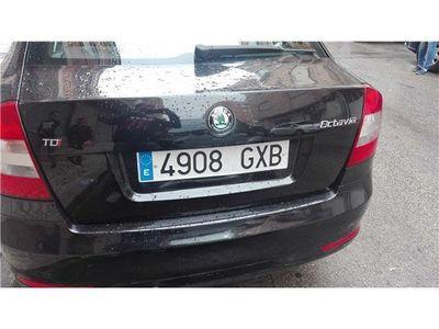 usado Skoda Octavia 2.0TDI CR Laurin