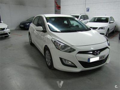 usado Hyundai i30 1.6 Crdi 110cv City 5p. -13