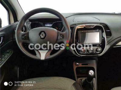 usado Renault Captur Tce Eco2 Energy Intens 90 90 cv en Barcelona