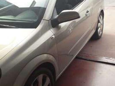 usado Opel Astra Cabriolet Twin Top 1.6 Enjoy