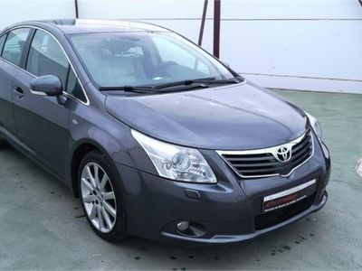 used Toyota Avensis 2.0 D4D EXECUTIVE