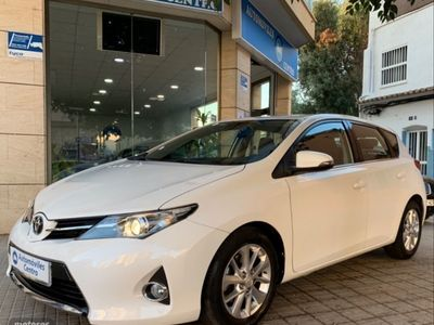 usado Toyota Auris 120D Business