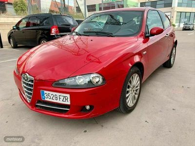 usado Alfa Romeo 147 1.6 TS 105CV Distinctive