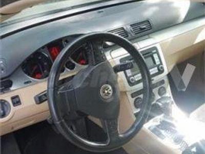 usado VW Passat Variant 2.0 Tdi 170cv Dpf Dsg Highline 5p. -08