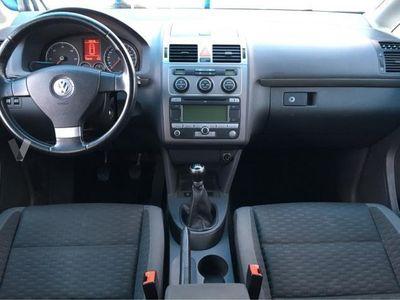 usado VW Touran 2.0 TDI 140 Highline -08