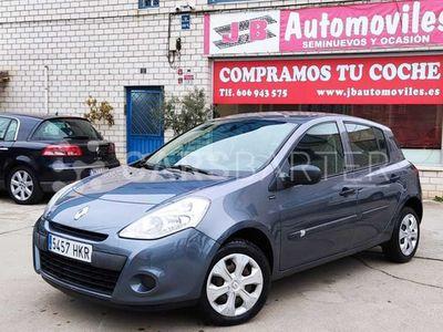 usado Renault Clio Yahoo 1.2 16v 75 CV 5p. 5p