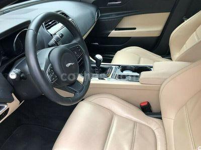 usado Jaguar XE Xe2.0 Diesel Prestige 180 180 cv en Asturias