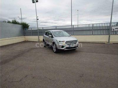 usado Ford Kuga 1.5tdci Auto S&s Titanium 4x2 120 120 cv en Madrid