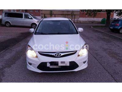 usado Hyundai i30 I301.6 Crdi Comfort Gls 90 cv en Sevilla