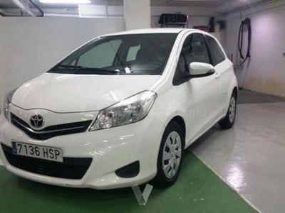 usado Toyota Yaris 90d Active 3p. -13