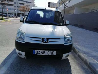 usado Peugeot Partner 2.0HDI Combi Plus