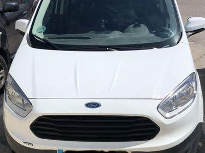 usado Ford Tourneo Courier 1.5TDCi Trend 95