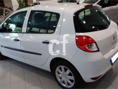 usado Renault Clio Business dCi 75 eco2 5p